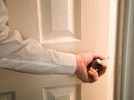 man-closing-door_thumb